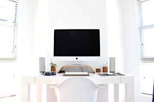 apple, chair, computer-1834328.jpg